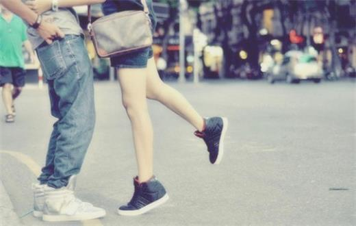 爱是一种无法形容的感觉